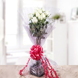 Order Glorious charm  A bunch of White Roses online