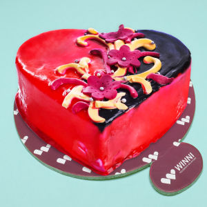 Order Love Confessing Choco Strawberry Heart Shape Cake online