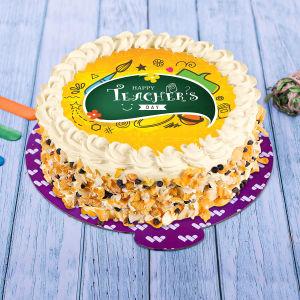 Crunchy Teachers Day Cake