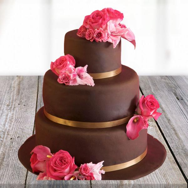 Buy Heart Melting Chocolate Cake