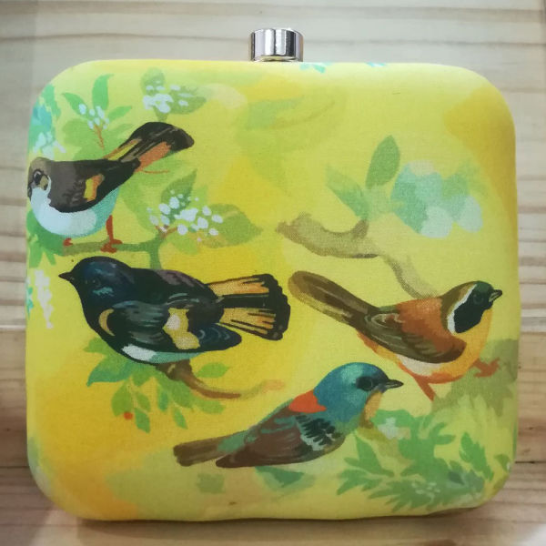 Buy Lovely Bird Clutch
