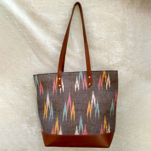Buy Classic Tote bag