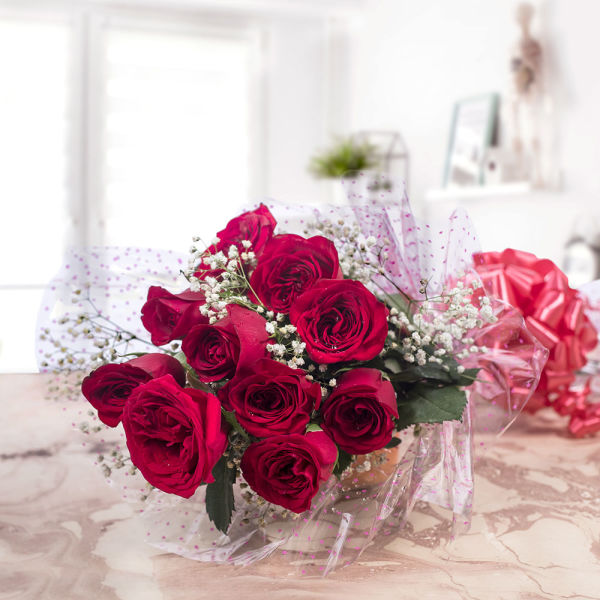 Buy Graceful Red Roses