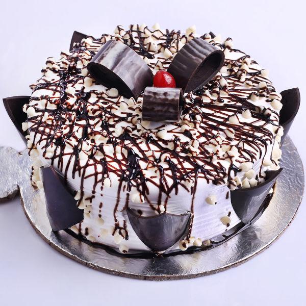 Buy Wild Delight Chocolate Vanilla Cake