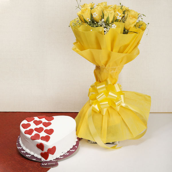 Buy 10 Yellow Roses and Vanilla Cake