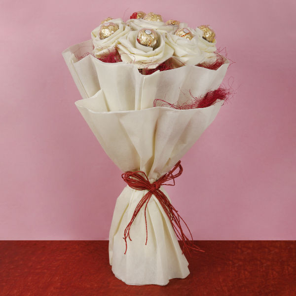 Ferrero Rochers Bouquet: order flowers